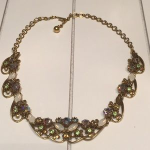 Jewelry - Vintage Florenza Necklace